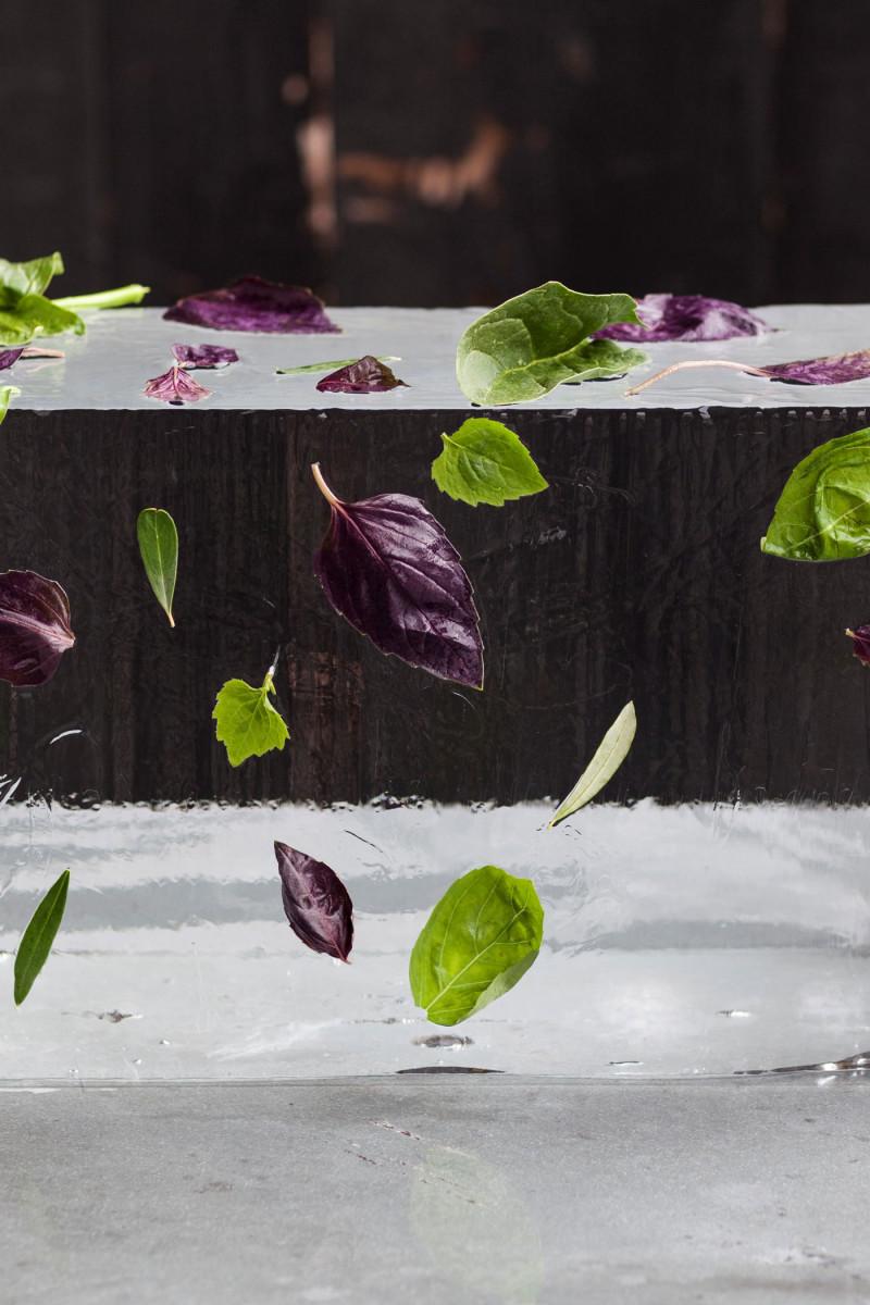 caesarstone-tom-dixon-restaurant1-800x1200